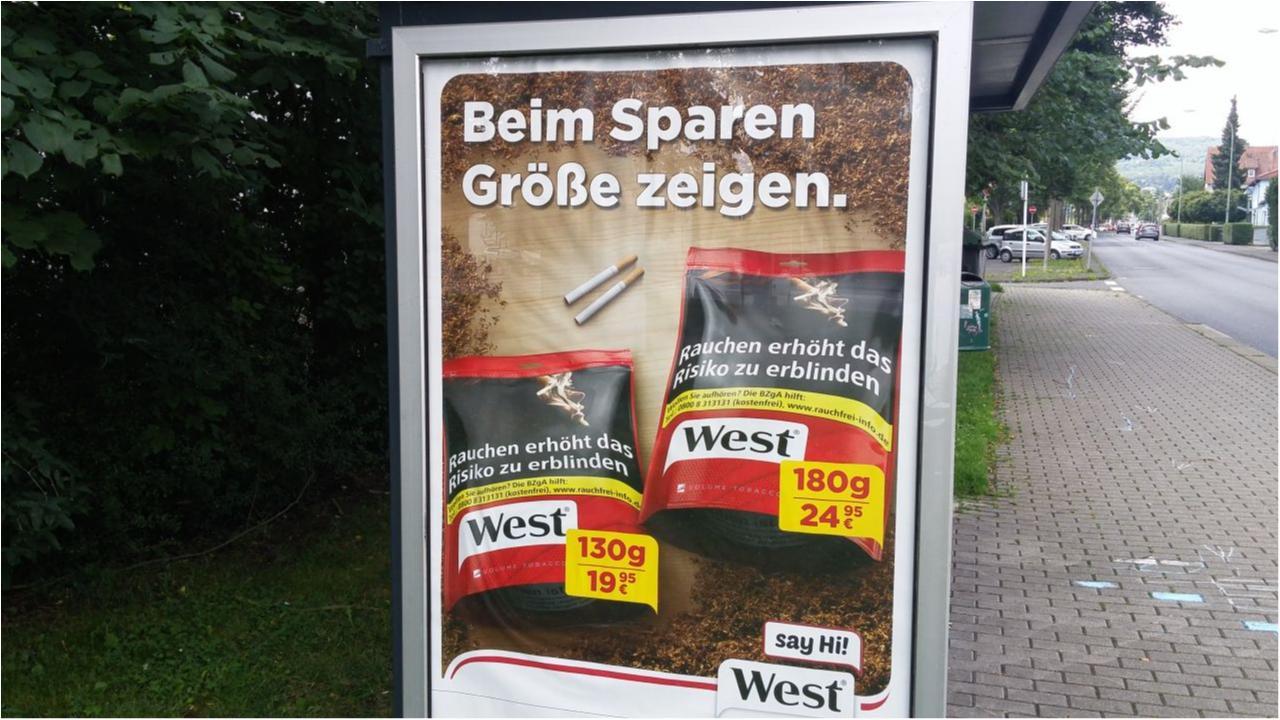 WEST Werbung an einer Bushaltestelle in Kassel