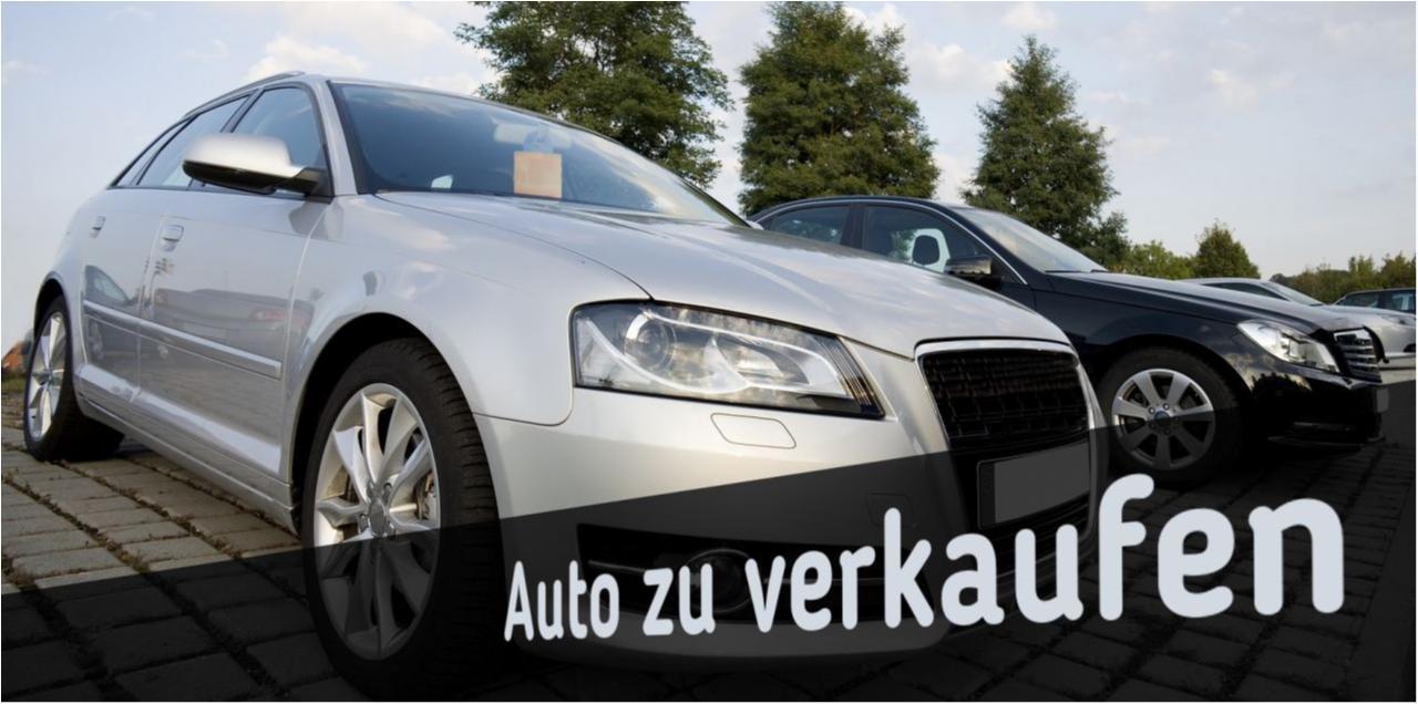 Ein Foto, das zwei Autos zeigt und den Slogan zum Verkauf enthält