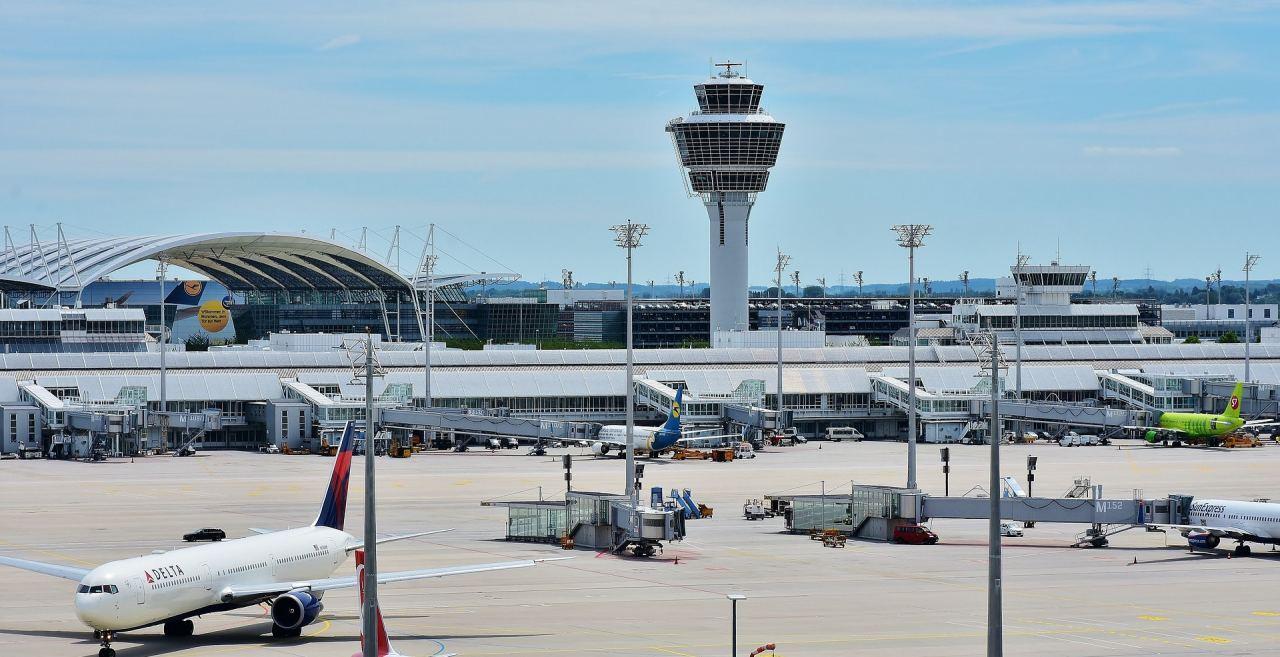 Außenansicht: Flughafen München